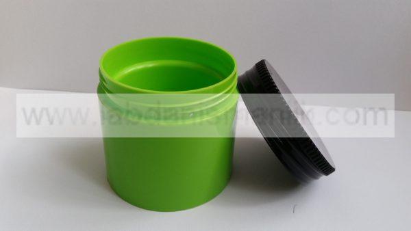 Siyah Kapaklı yeşil Plastik Kavanoz