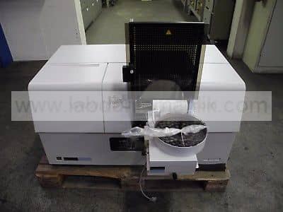 AAS – Perkin Elmer Atomik Absorbsiyon Spektroskopisi (AAS) model 800 – 2. El AAS