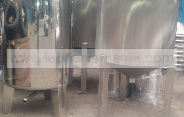 Karıştırıcı – 1 tonluk restans ısıtıcılı motorlu karıştırıcı kazanlar – Paslanmaz Çelik – Özel İmalat